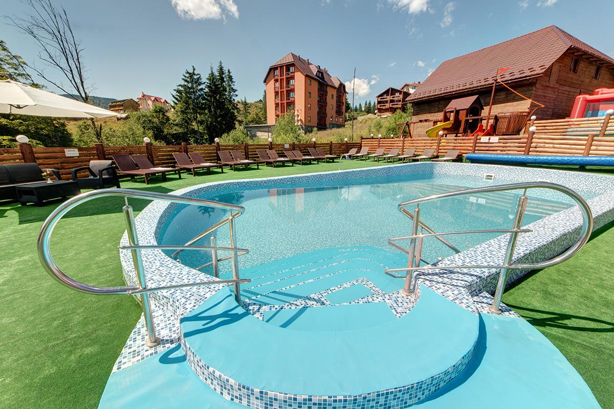 Літній басейн 5